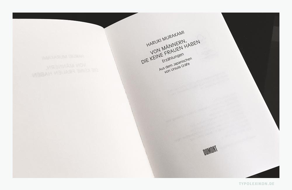 Beispiel eines Haupttitels eines Romans von Haruki Murakami (*1949). Der gegenüberliegende Frontispiz ist in diesem Fall ein Vakat (Leerseite). Bildzitat aus Haruki Murakami: Von Männern, die keine Frauen haben, DuMont Buchverlag, 2014. © Signet by DuMont Buchverlag GmbH & Co. KG, Köln.