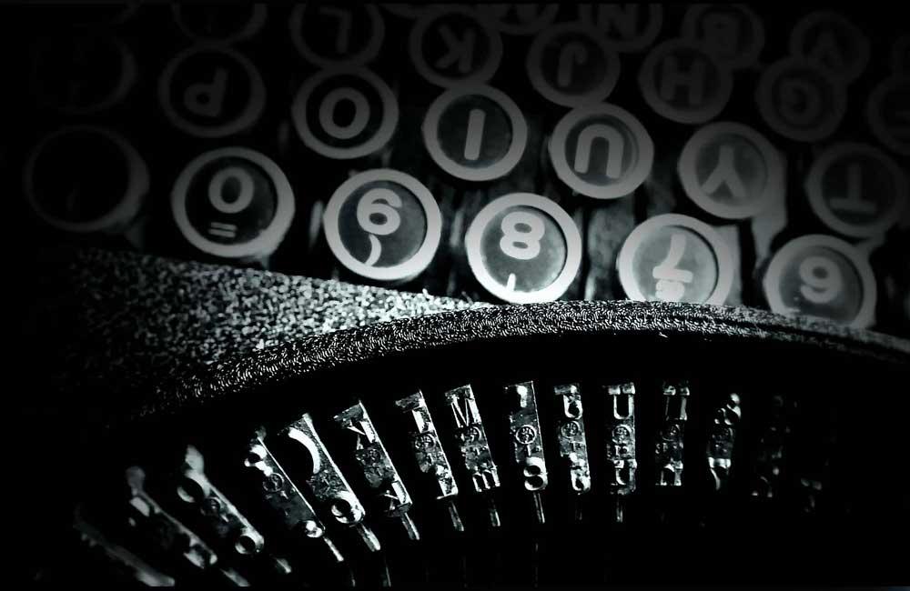 Beim Abonnieren meines Newsletters erhalten Sie alle zwei Monate eine eMail mit Links zu neuen Fachbeiträgen, Portfolios und Events. Die Themen kreisen im Wesentlichen um Grafikdesign und Typografie. Sie können den Newsletter jederzeit per Link abbestellen. Gruß aus Berlin. Ihr Wolfgang Beinert URL: https://www.wolfgang-beinert.de/newsletter-abonnieren/