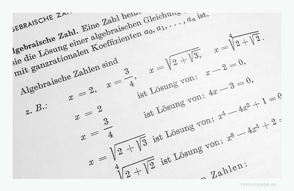 Beispiel eines einfachen, mathematischen Formelsatzes von algebraischen Zahlen. Bildzitat: Schüler-Mathematikduden, Band 1, © Bibliographisches Institut, Mannheim.